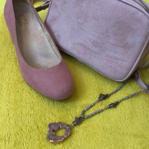 Naturalizer Shoes - Naturalizer pink suede Donelle pumps - 7 1/2